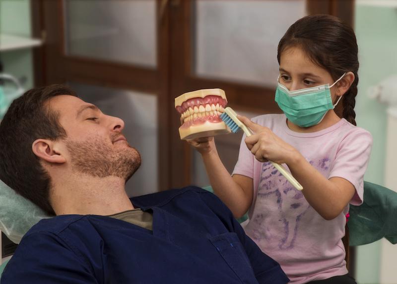 levando seu filho ao dentista
