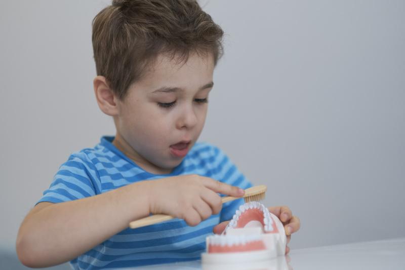 a importancia de ir ao dentista com seu filho