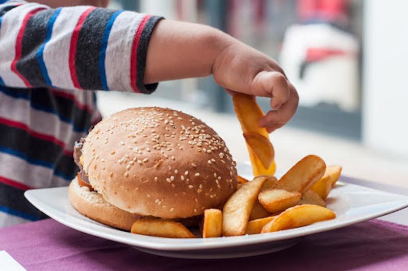 obesidade infantil e compulsão alimentar