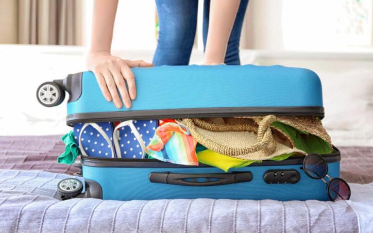4 dicas de como organizar a mala de viagem da família