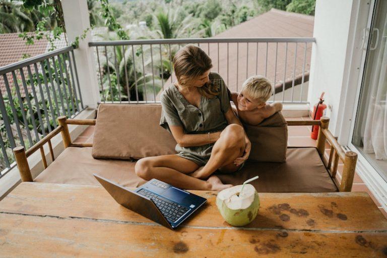 Home Office: A Solução Para Trabalhar De Casa E Cuidar Do Lar